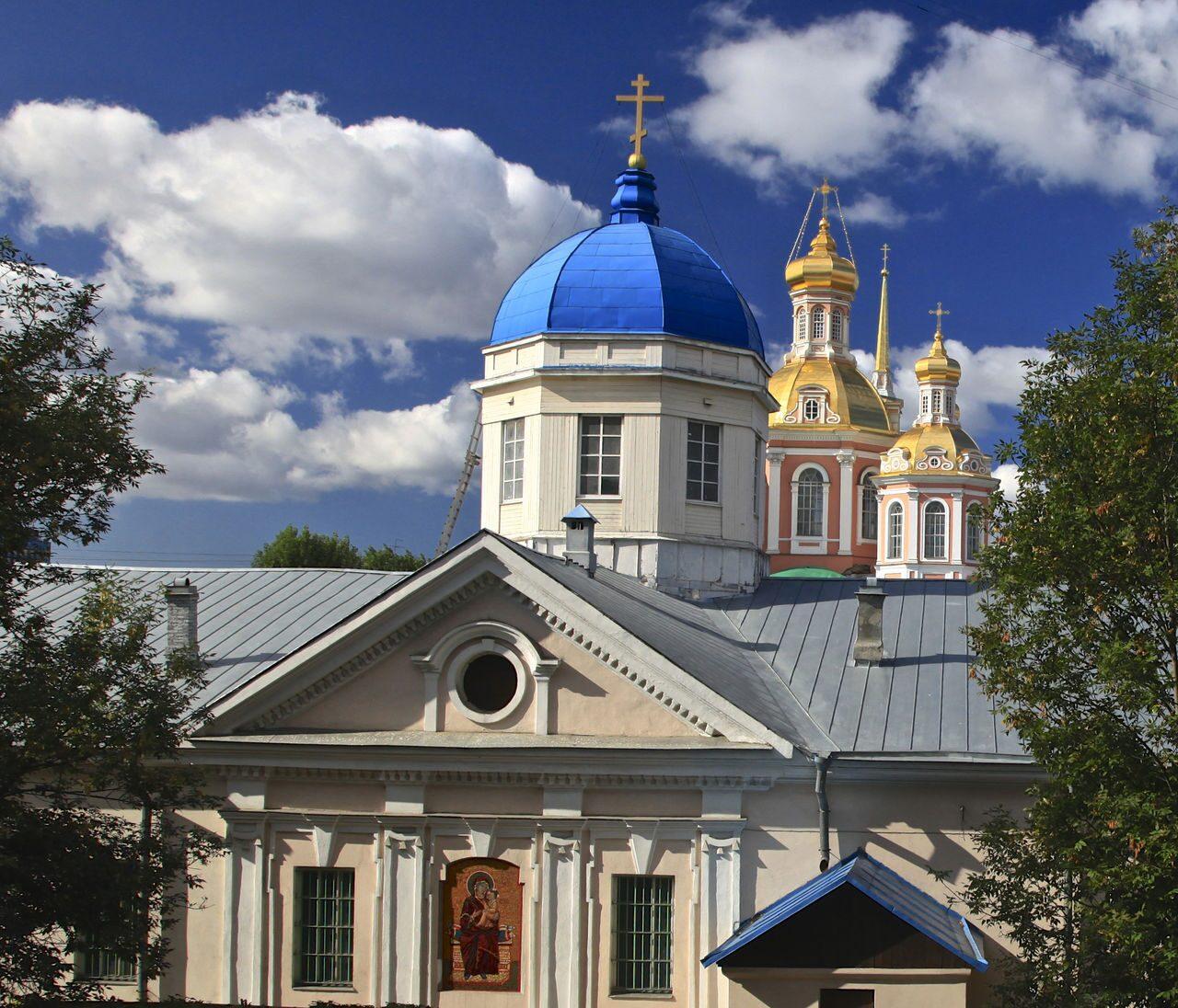 Храм Тихвинской иконы Б.М.