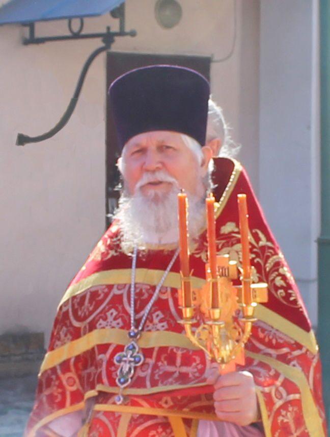 Протоиерей Владимир Сергиенко